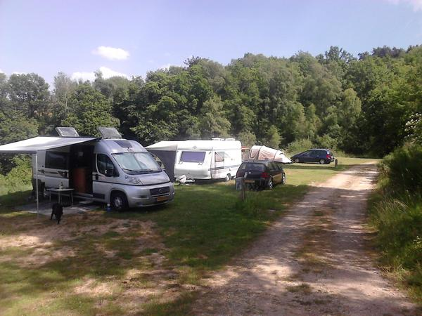 Camping Les Chelles - Photo 2