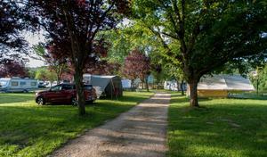 Camping de la Moselle - Photo 4
