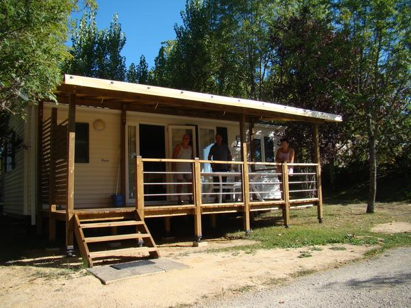Camping LES GRAVES - Photo 2