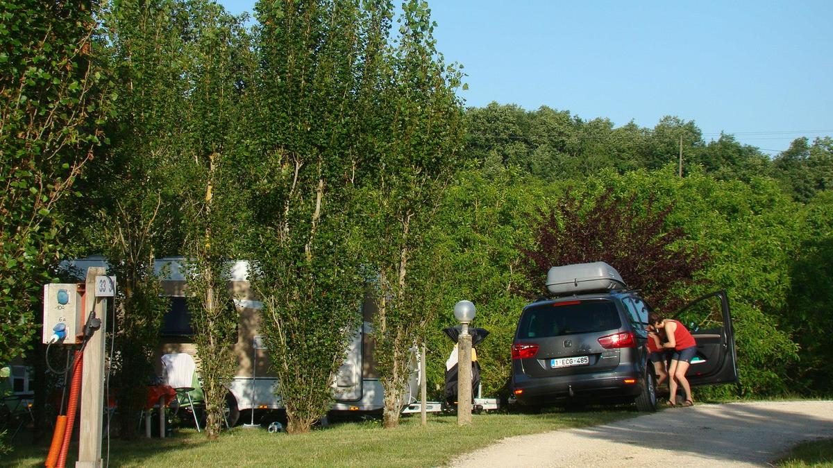 Camping LES GRAVES - Photo 9