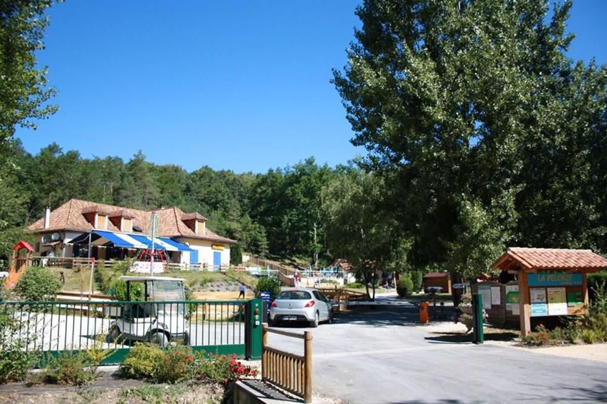 Camping de la Pélonie - Photo 8