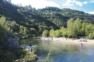 CAMPING LES CHATAIGNIERS - Photo 2