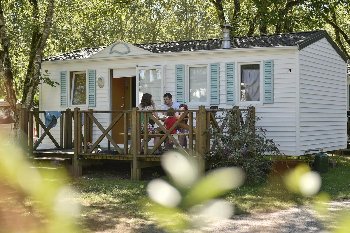 Camping LA RIVIERE - Photo 2