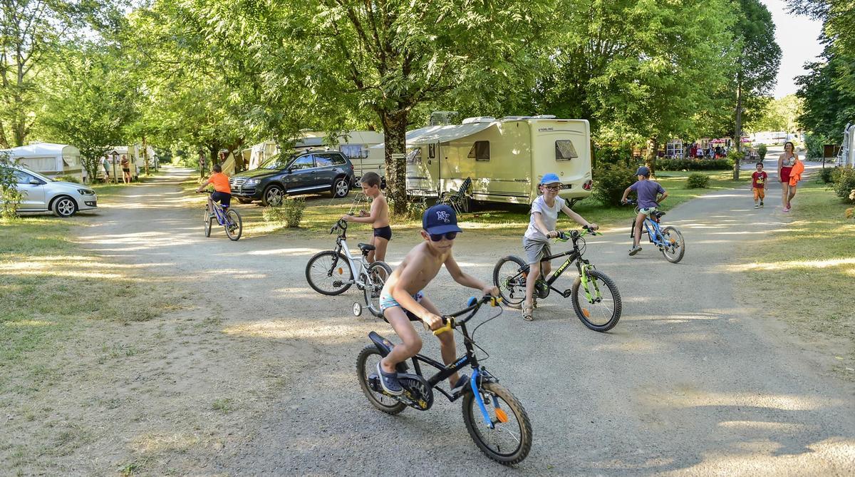 Camping LA RIVIERE - Photo 27