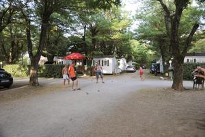 LA BOHEME Camping Hôtel - Photo 4
