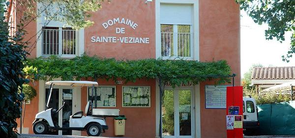 Camping Domaine Sainte Veziane - Photo 2