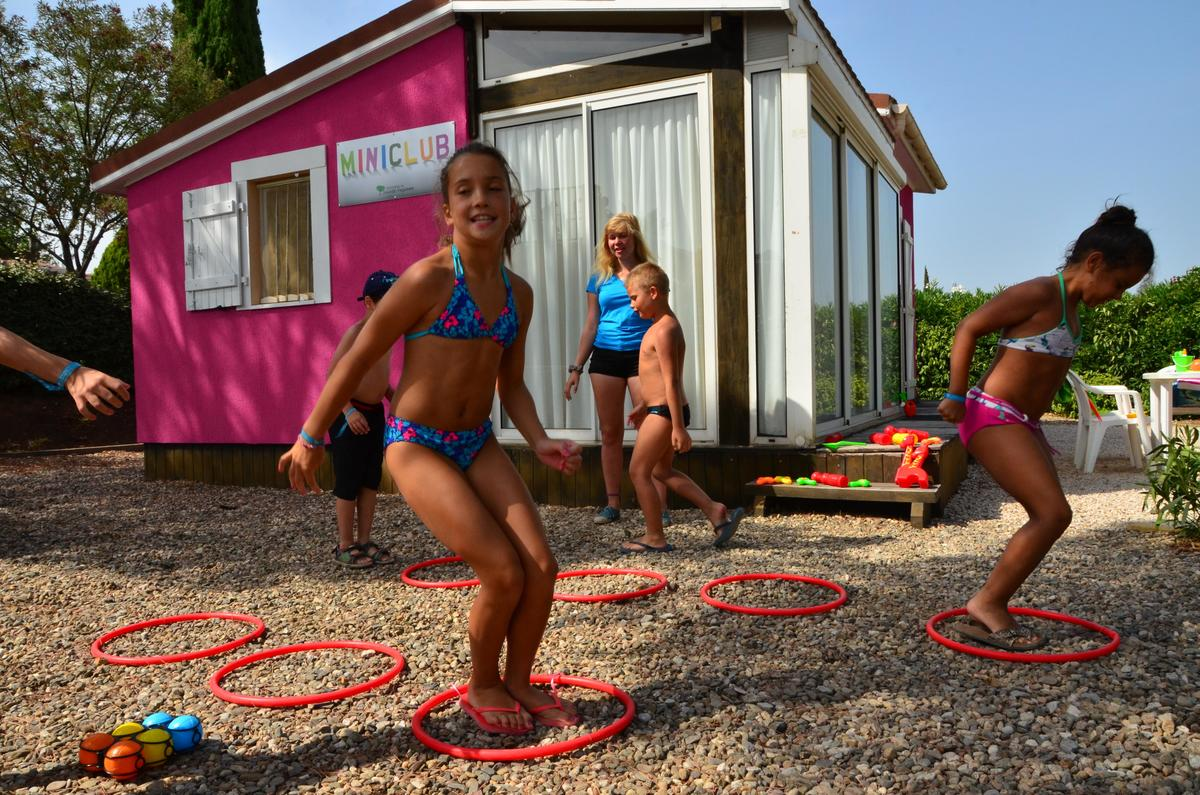 Camping Domaine Sainte Veziane - Photo 32