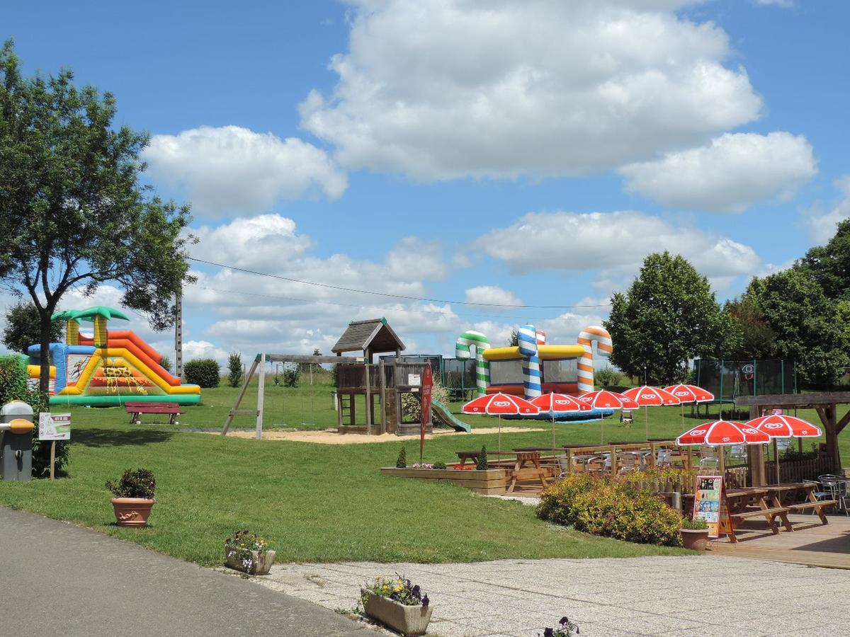 Camping Le Bois Fleuri - Photo 4