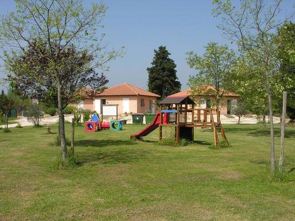 Camping Les Micocouliers - Photo 10