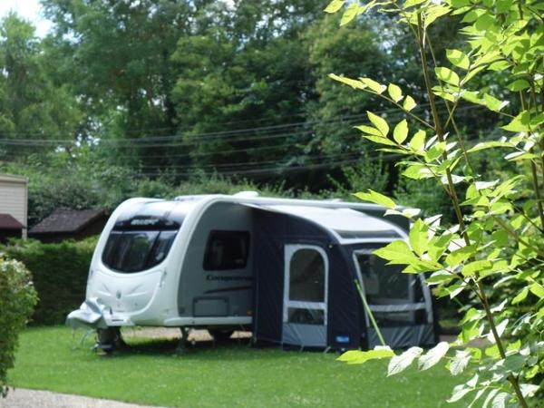 Camping Château de Bouafles - Photo 8