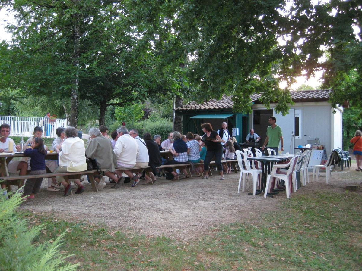 Camping Le Repaire - Photo 38