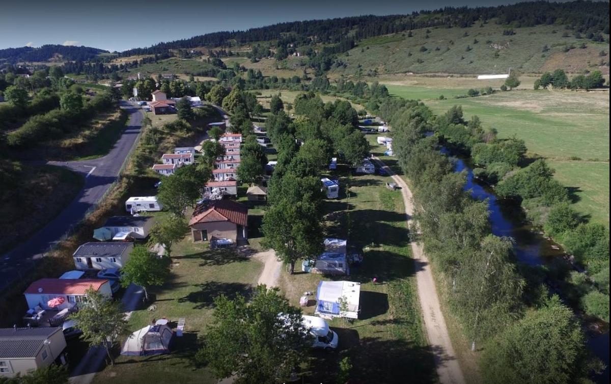 Camping La Cigale de L'Allier - Photo 2