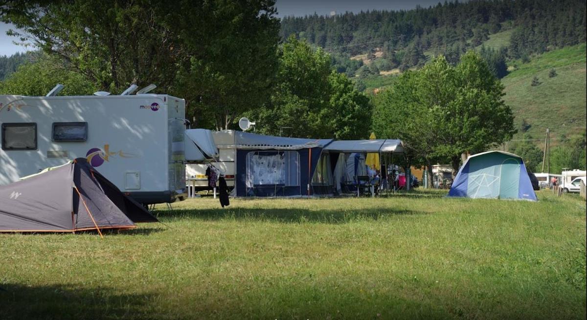 Camping La Cigale de L'Allier - Photo 3