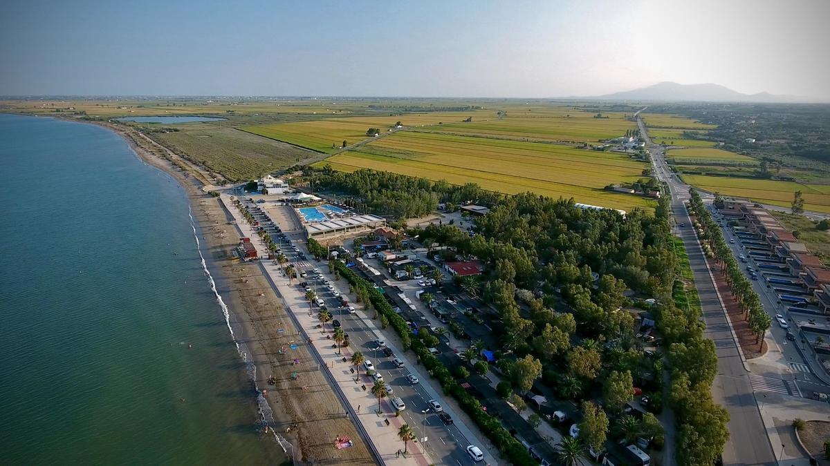 Camping Ampolla Playa - Photo 3