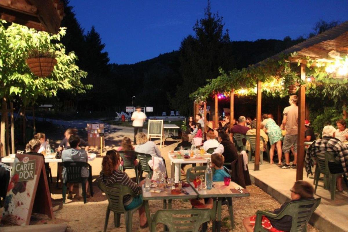 Camping Les Berges Du Doux - Photo 26