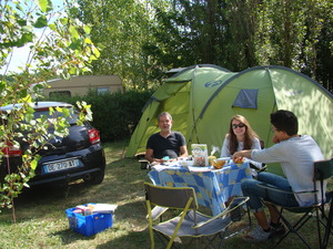 Camping LES GRAVES - Photo 15