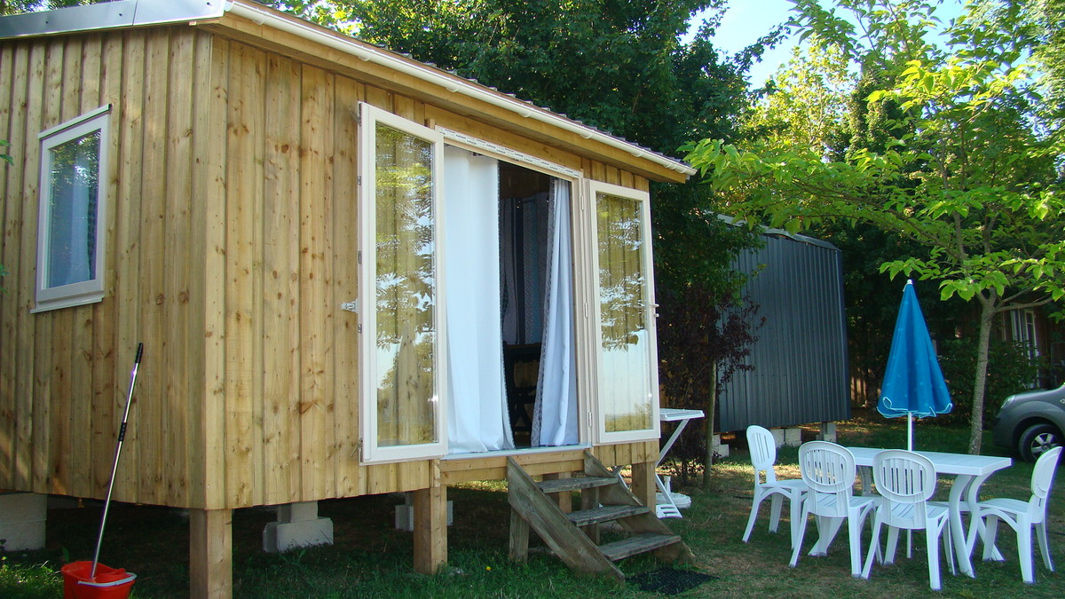 Camping LES GRAVES - Photo 20