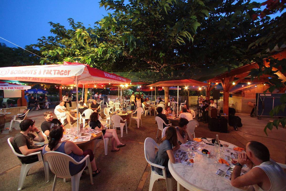 Camping AU P'TIT BONHEUR - Photo 607