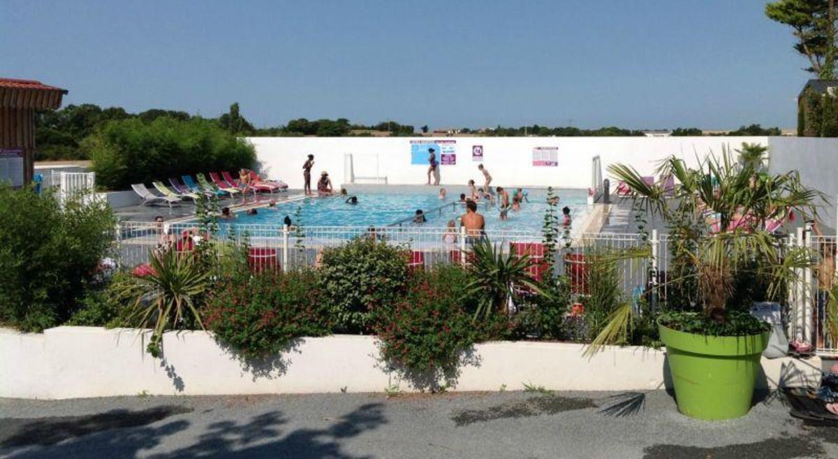 Camping Au Petit Port de l'Houmeau - Photo 104