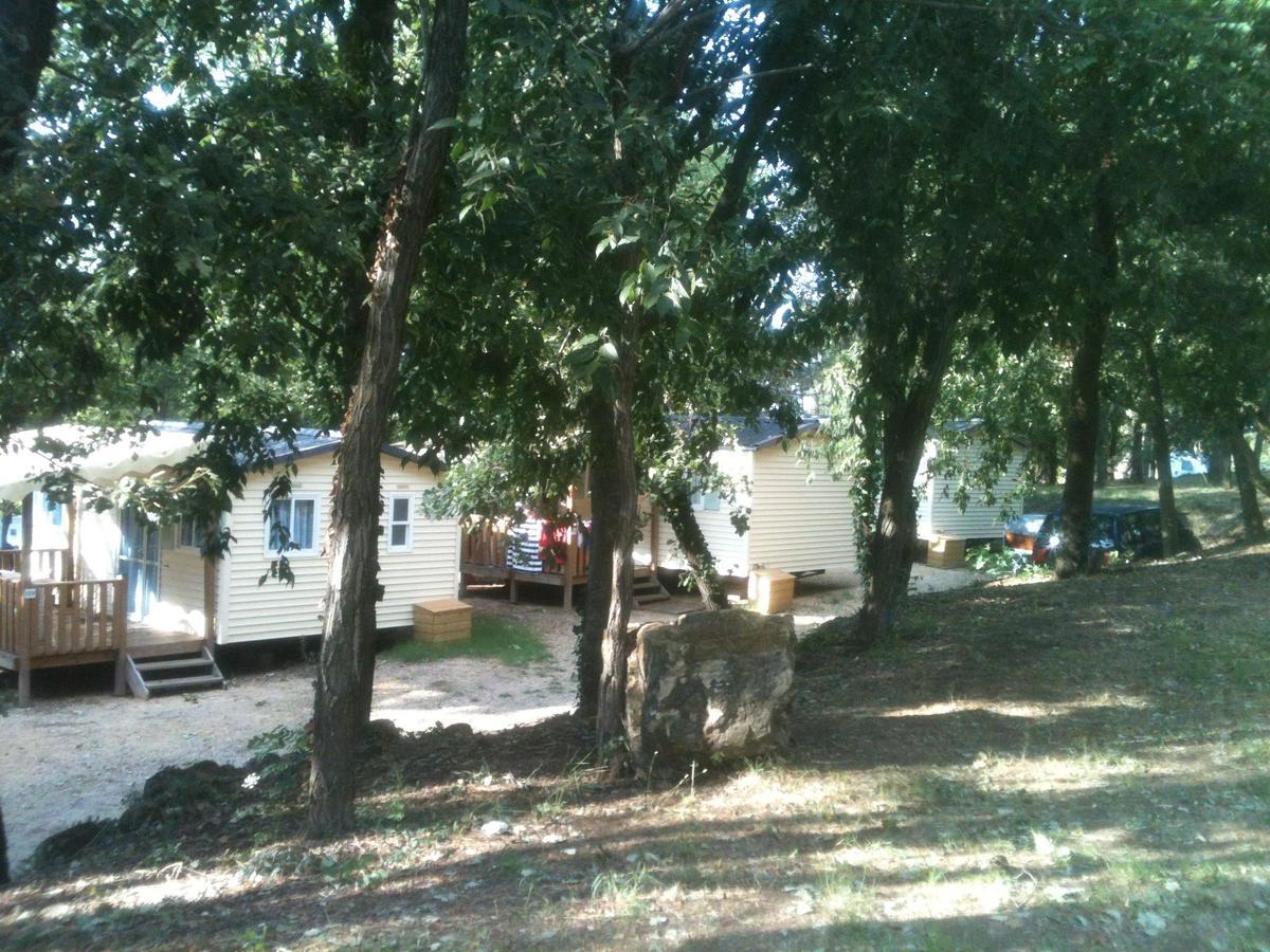Camping La Pinède en Provence - Photo 102